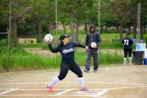 kickingball_1